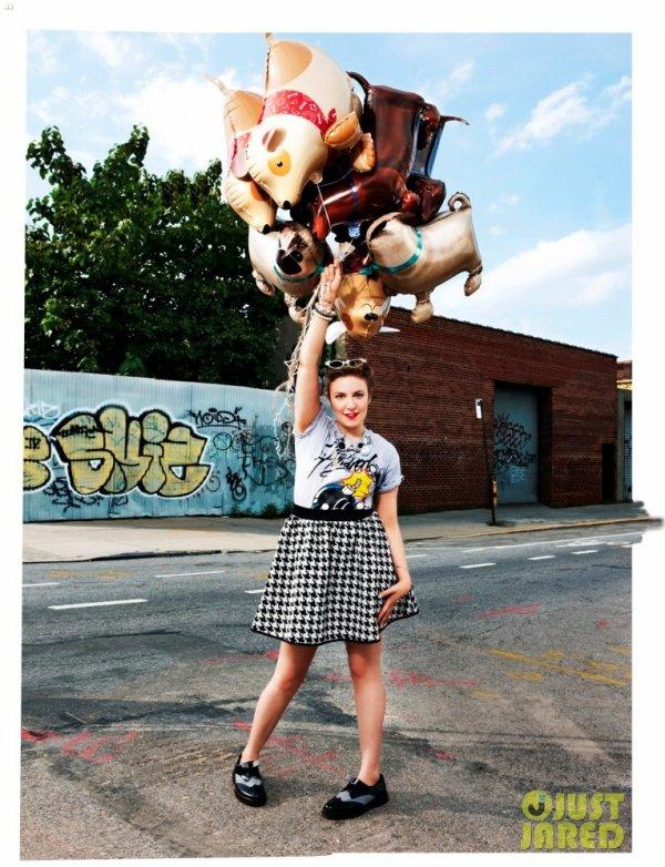 Lena Dunham pose pour Asos.