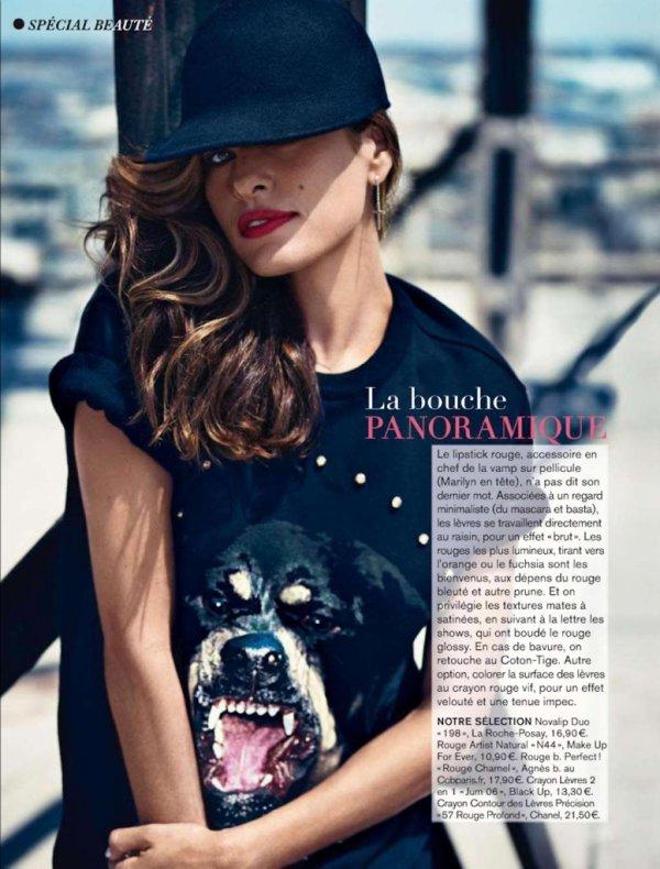 Eva Mendes pose pour Glamour.