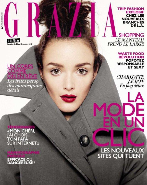 Charlotte Le Bon pose pour Grazia.