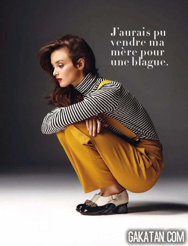 Charlotte LeBon pose pour Glamour.