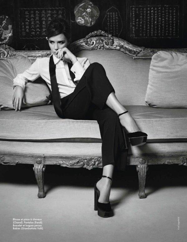 Victoria Beckham pose pour ELLE.