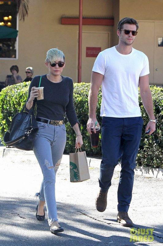 Miley Cyrus de sortie avec son fiancé. Los Angeles