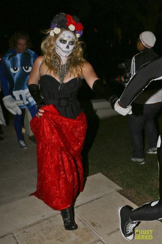 Halloween  Hilary Duff