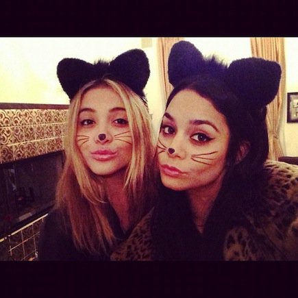 Halloween  Les soeurs Hudgens