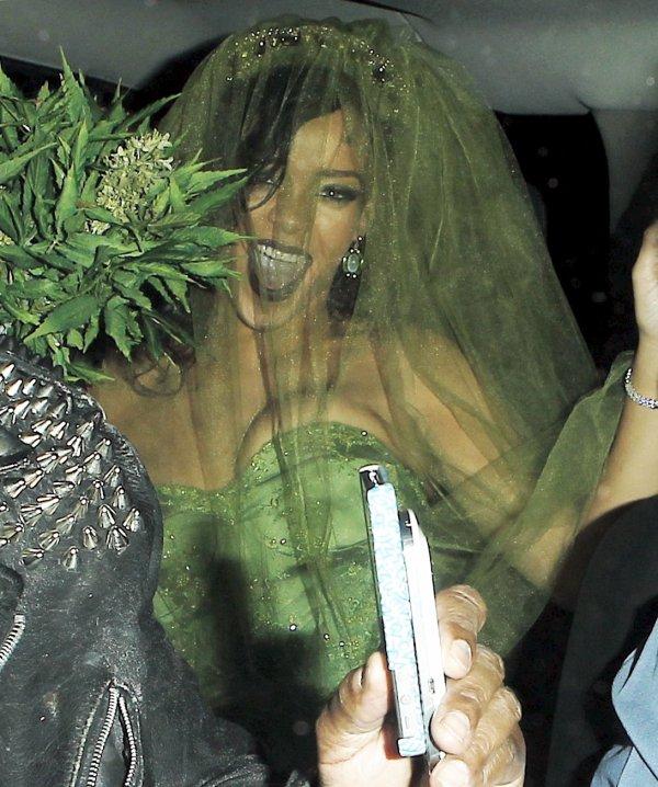 Halloween  Rihanna