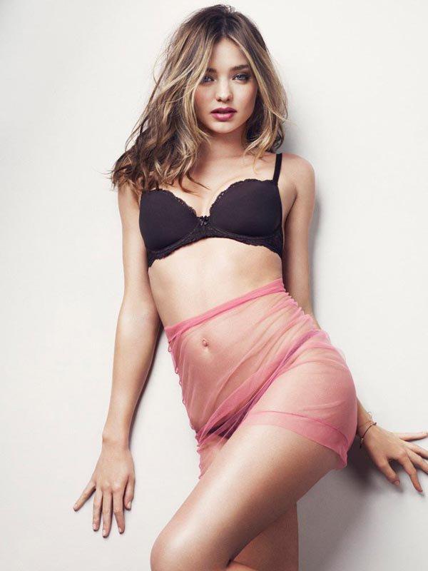 Miranda Kerr pose pour Esquire.