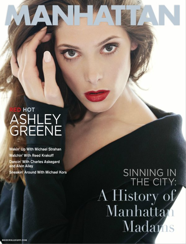 Ashley Greene pose pour Manhattan.