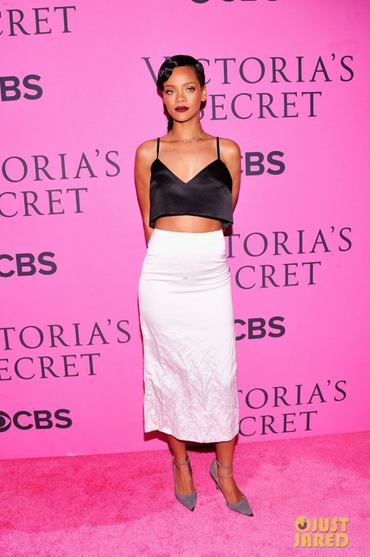 Victoria's Secret Fashion Show 2012  Rihanna