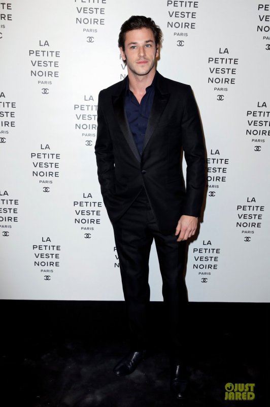 Gaspard Ulliel à un évènement à Paris. Little Black Jacket Exhibition