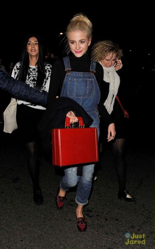 Pixie Lott va au concert de Rihanna. Londres