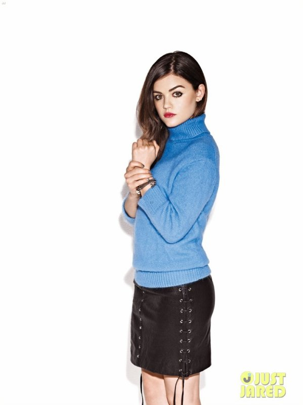 Lucy Hale pose pour Nylon.