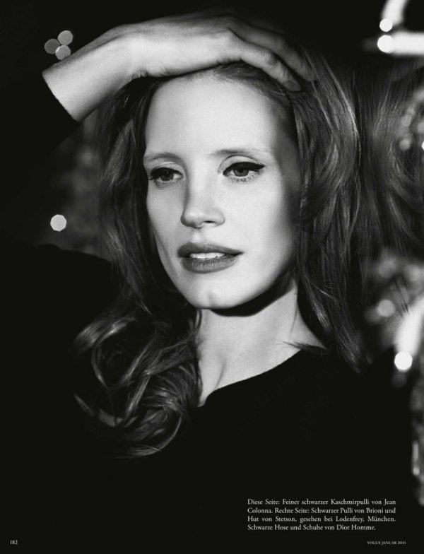 Jessica Chastain pose pour le Vogue Allemand.