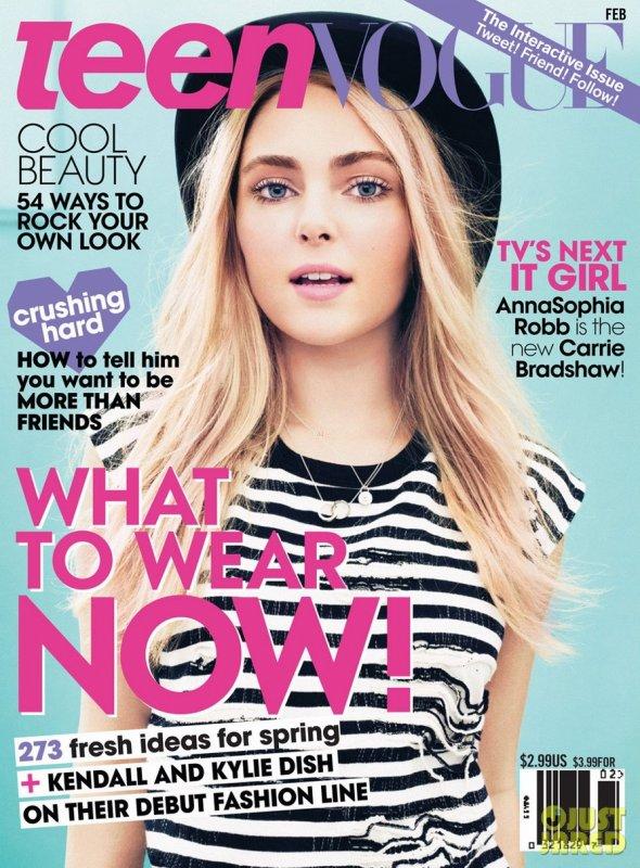 AnnaSophia Robb pose pour Teen Vogue.