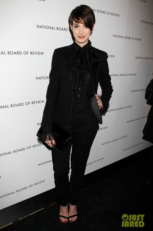 Anne Hathaway à un évènement à New York. 2013 National Board of Review Awards Gala