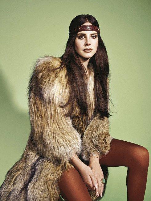 Lana Del Rey pose pour Madame Figaro.