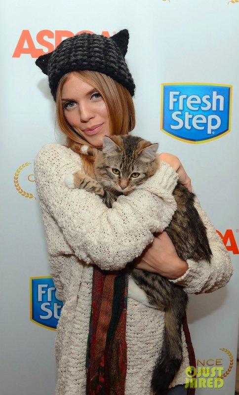 AnnaLynne McCord à un évènement. Fresh Step Catdance Film Festival