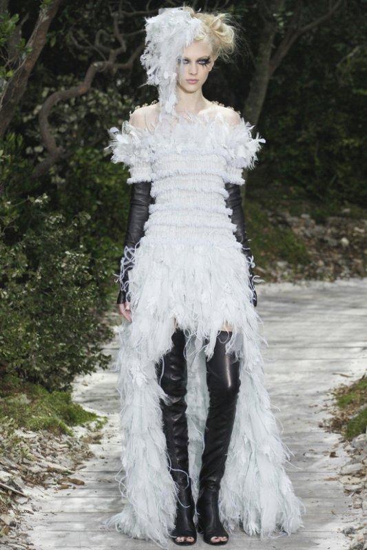 DÉFILÉS COUTURE PRINTEMPS-ÉTÉ 2013  Chanel