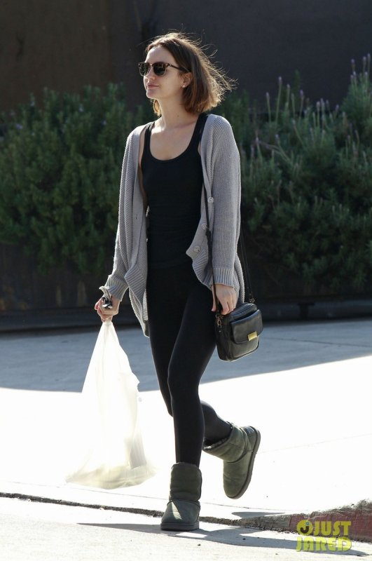 Leighton Meester sort déjeuner. Los Angeles