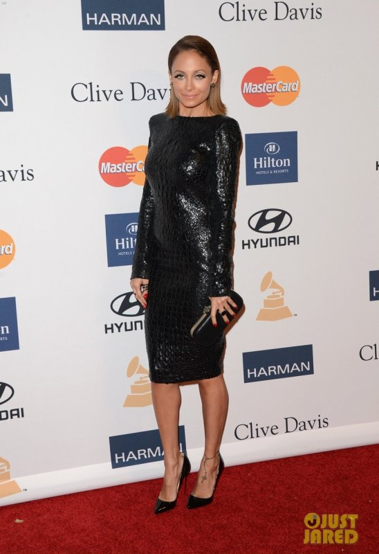 Nicole Richie à un évènement à Beverly Hills. Clive Davis & The Recording Academy's 2013 Pre-Grammy Gala and Salute to Industry Icons