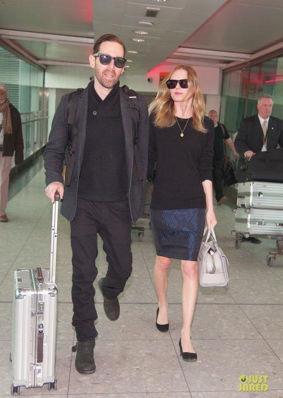 Kate Bosworth à l'aéroport. Londres