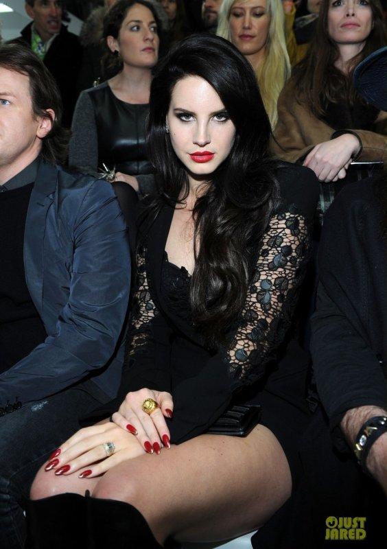 Lana Del Rey au défilé Versace. Milan, Italie