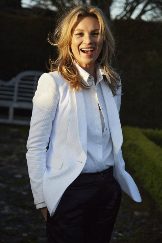 Kate Moss pose pour Rag&Bone.