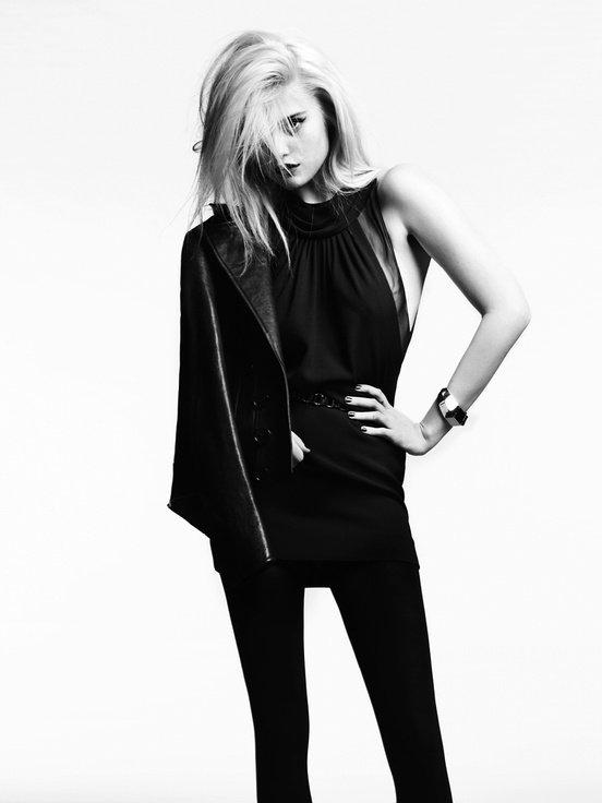 Sky Ferreira pose pour Saint Laurent. printemps / été 2013