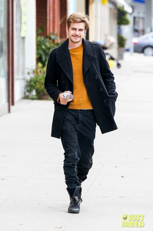 Hayden Christensen de sortie. Studio City, Californie