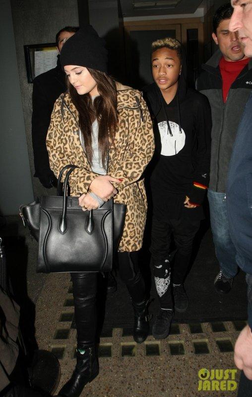 Kylie Jenner quitte un restaurant avec les Smith. Londres