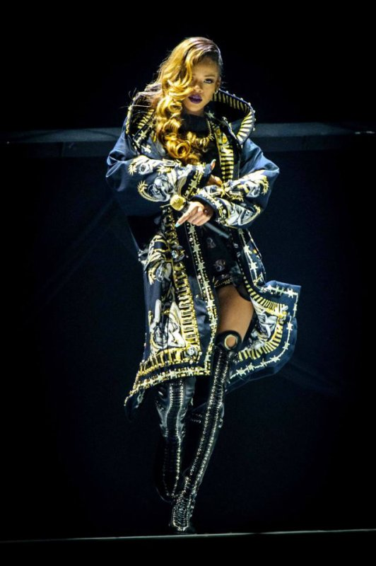 Rihanna en live. Diamonds World Tour
