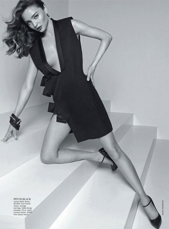 Miranda Kerr pose pour Vogue.