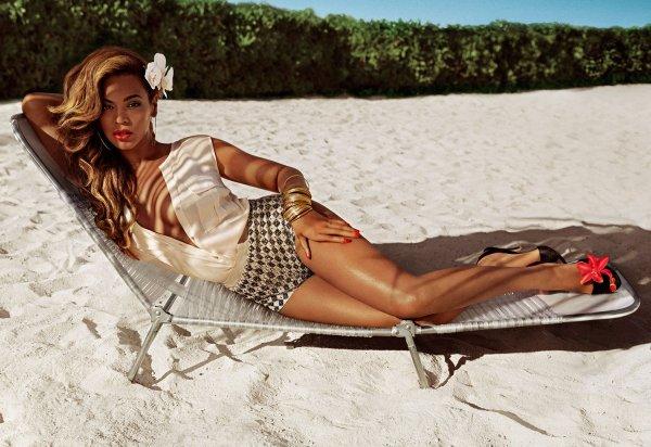 Beyonce pose pour H&M.