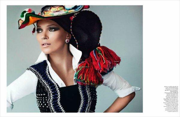 Kate Moss pose pour Vogue.