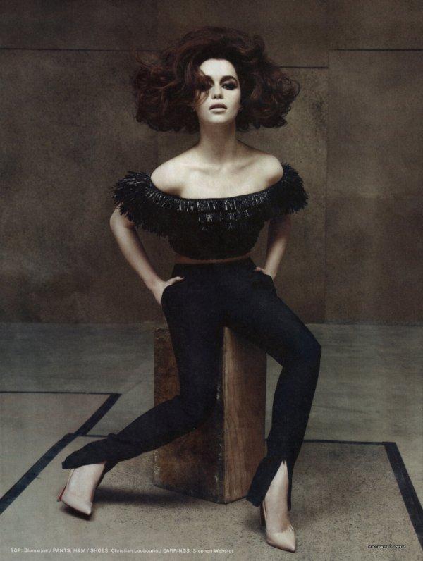 Emilia Clarke pose pour le Los Angeles Times Magazine.