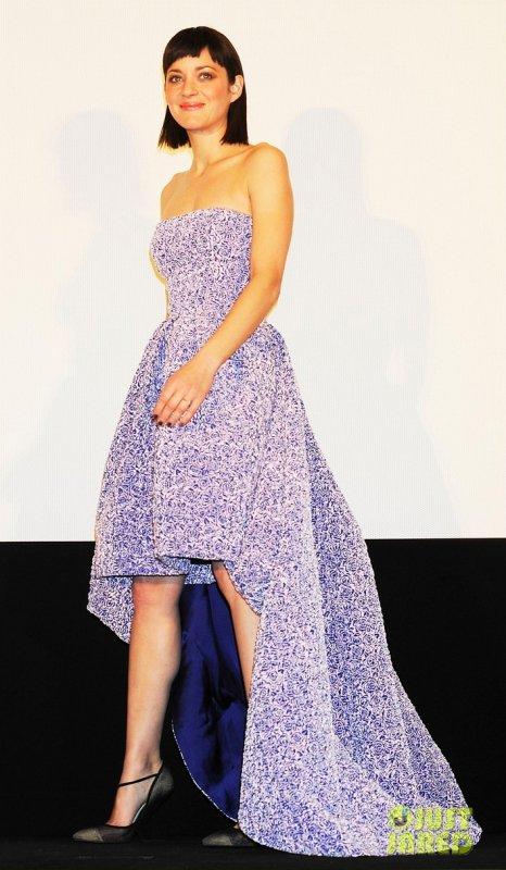 Marion Cotillard à une première. Tokyo