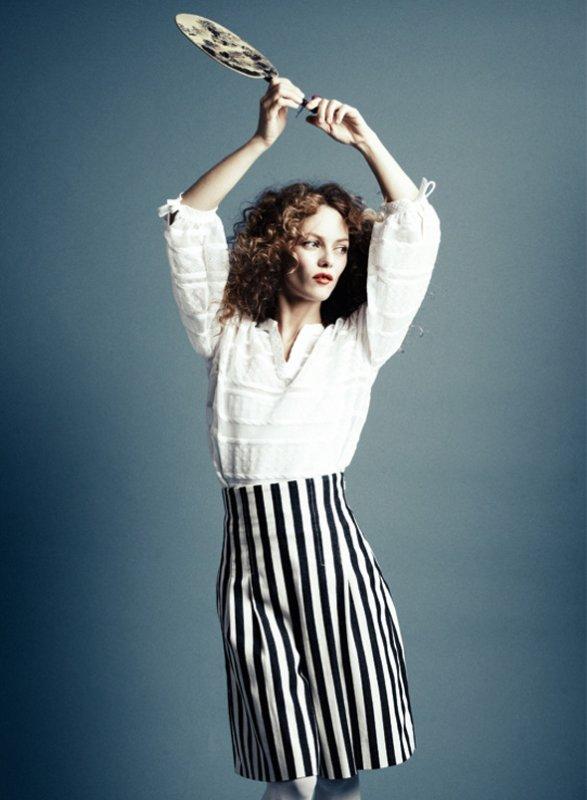 Vanessa Paradis pose pour Harper's Bazaar.