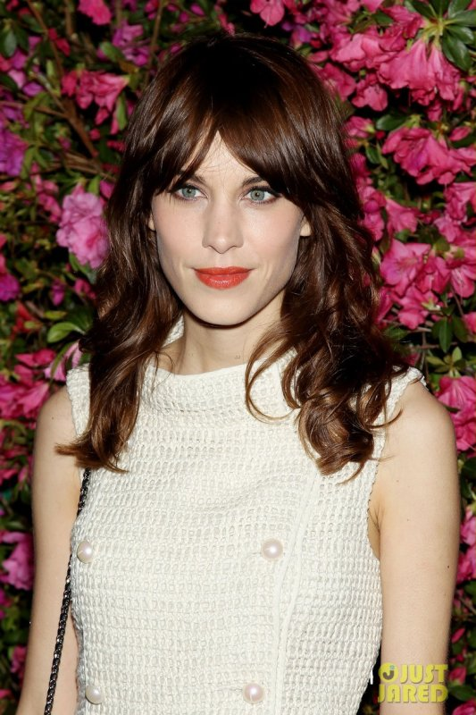 Alexa Chung à un évènement à New York. Chanel Artists Dinner