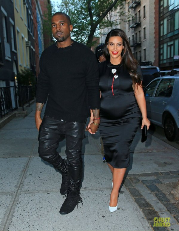 Kanye West et Kim Kardashian sortent diner. New York