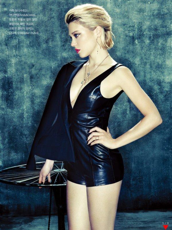 Léa Seydoux pose pour Vogue.