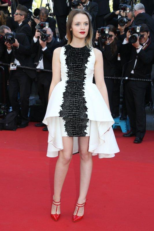 Sara Forestier sur le tapis rouge. Cannes