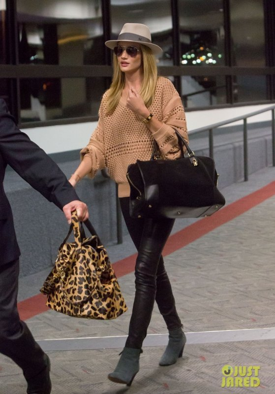 Rosie Huntington Whiteley de sortie.