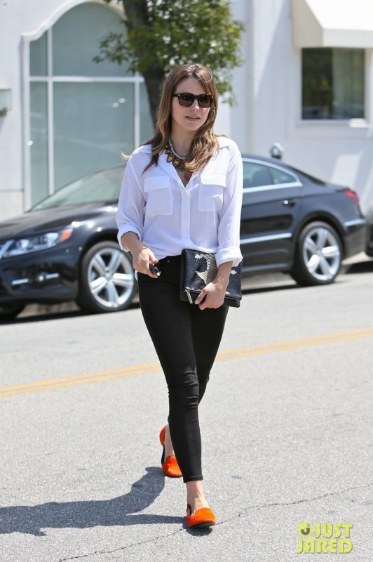 Sophia Bush de sortie. Los Angeles