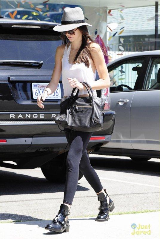 Kendall Jenner de sortie.