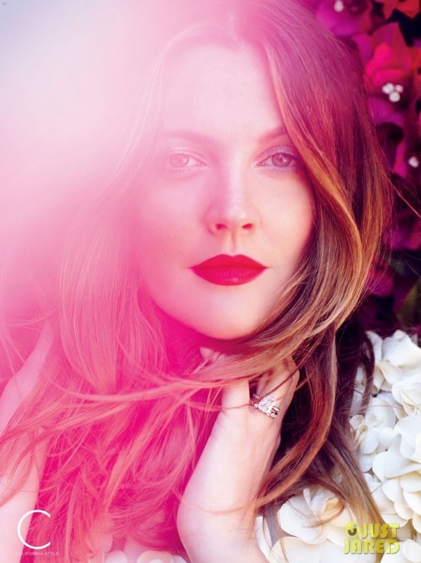 Drew Barrymore pose pour California Style.