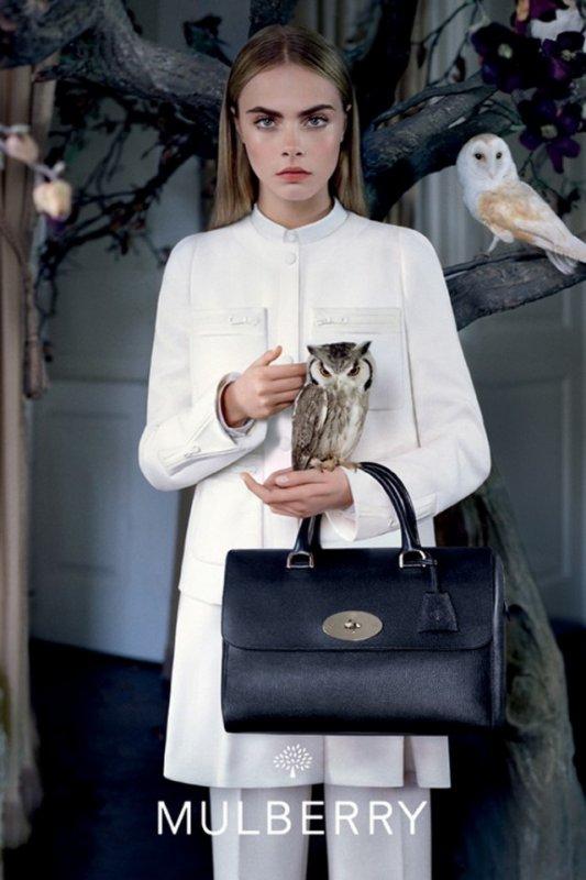 Cara Delevingne pour Mulberry. automne / hiver 2013-2014