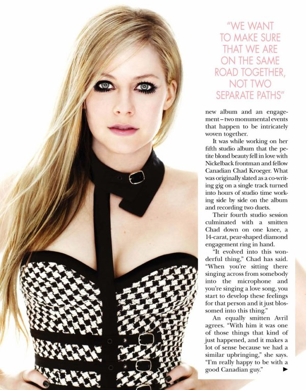 Avril Lavigne pose pour Hello Canada.
