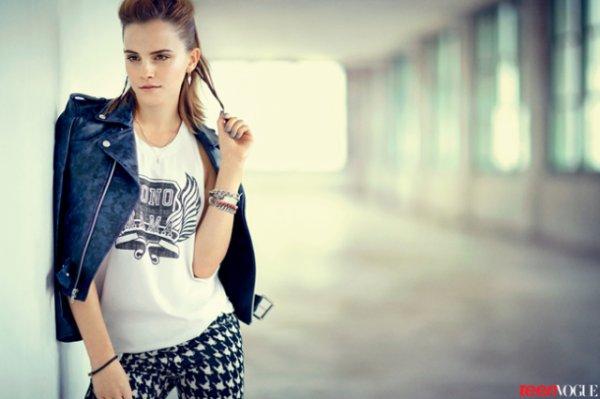 Emma Watson pose pour Teen Vogue.