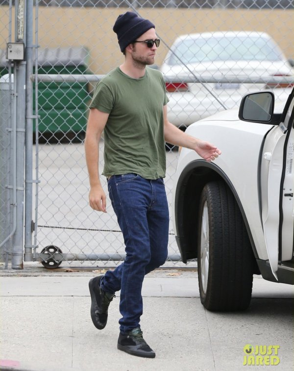 Robert Pattinson de sortie. Los Angeles