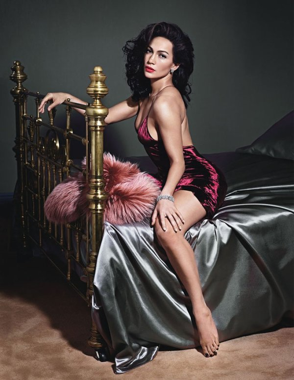 Jennifer Lopez pose pour W.