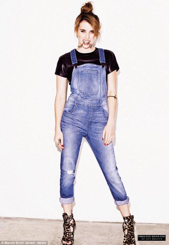 Emma Roberts pose pour Nylon.